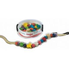 Perles bijoux 52 pièces en bois - Haba